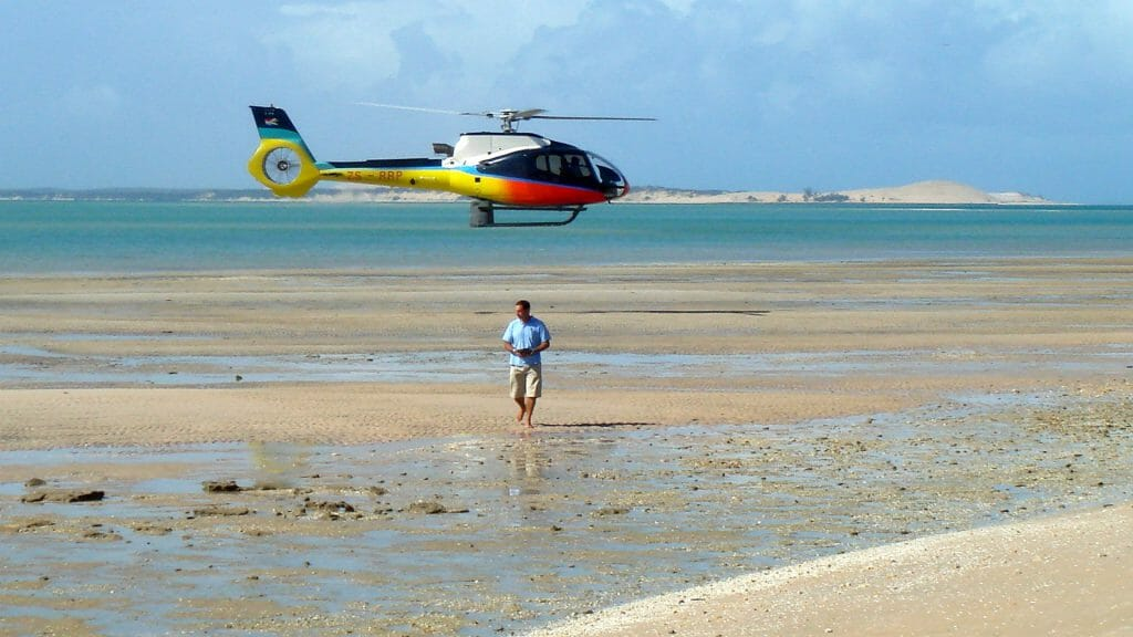 Helicopter, Azura Benguerra, Mozambique