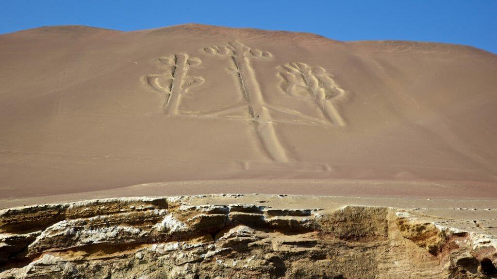 Candelabrum, Ballestas, Nazca, Peru