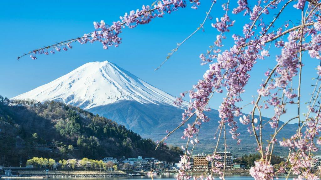 Mount Fuji, Lake Kawaguchiko, Tokyo, Japan