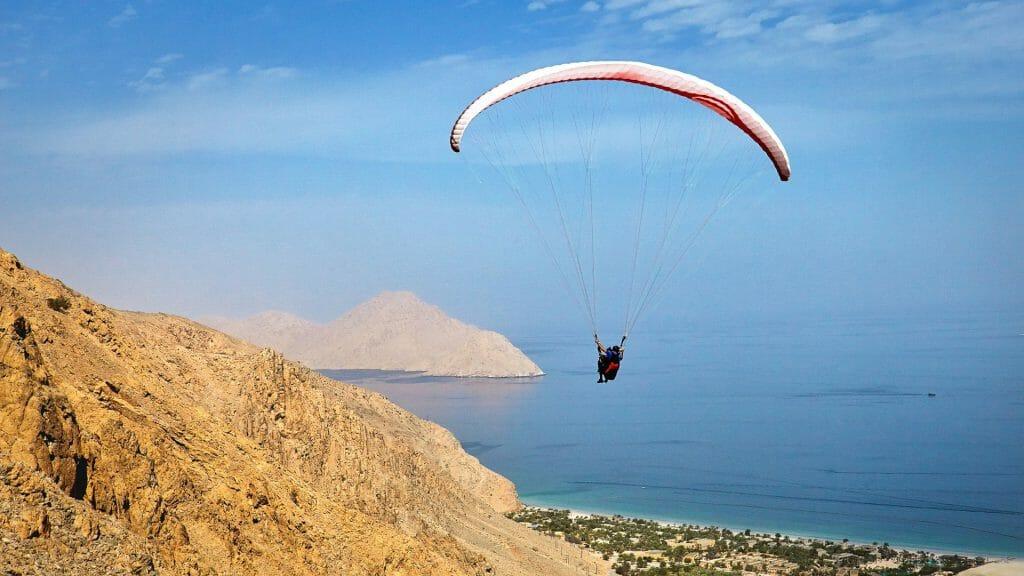 Oman, Musandam, Six Senses Zighy Bay, Paragliding