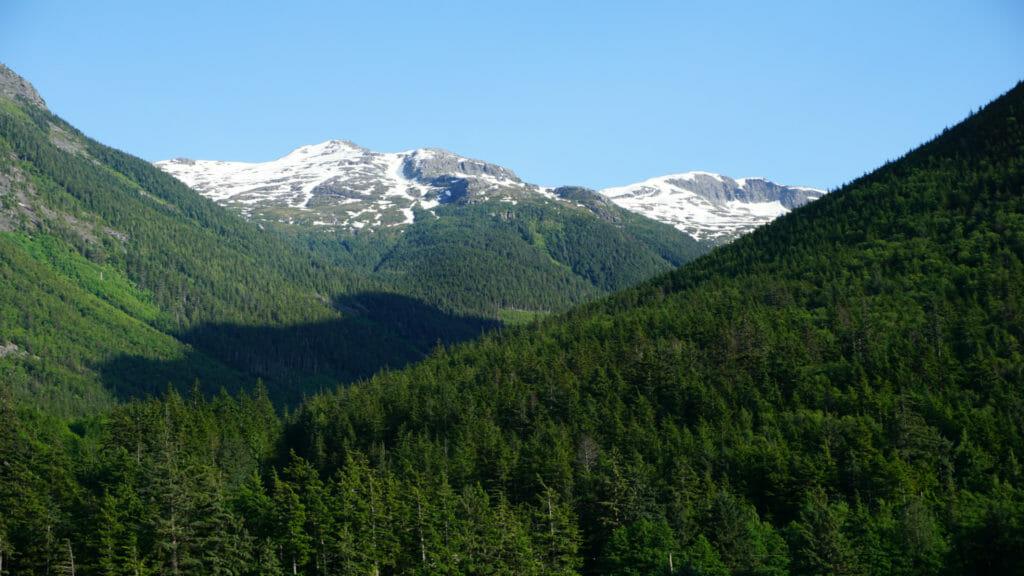 Bella Cool Mountains, Canada