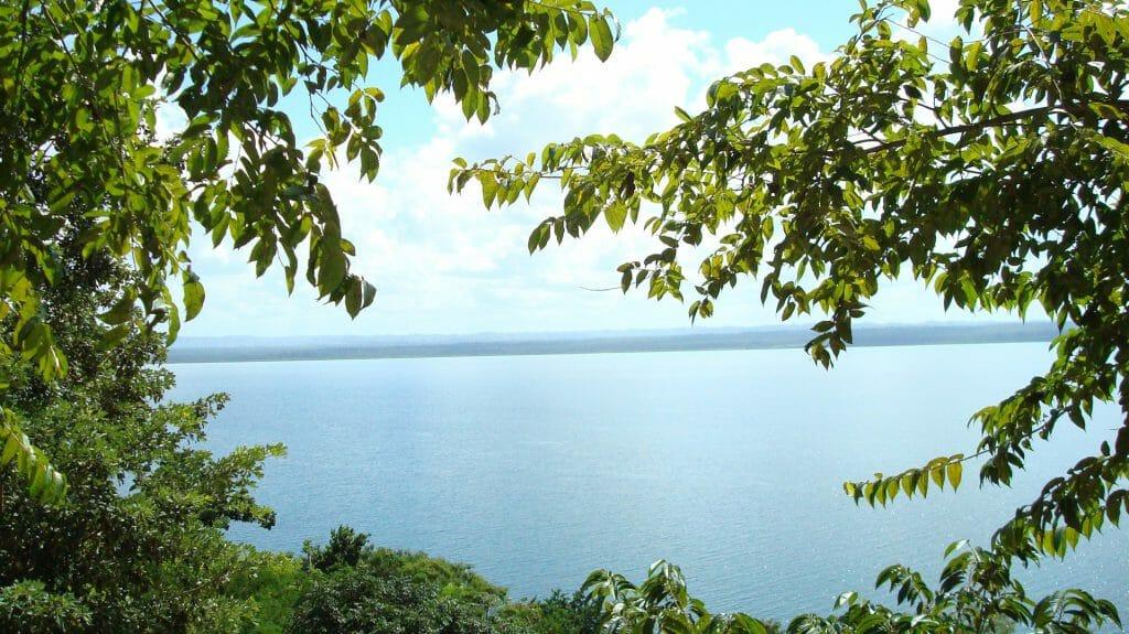 Flores & Lake Peten Itza