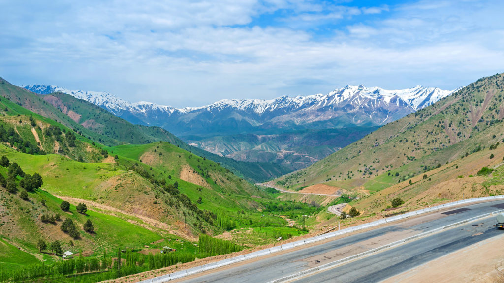 Kamchik Pass, Qurama mountain range, Uzbekistan