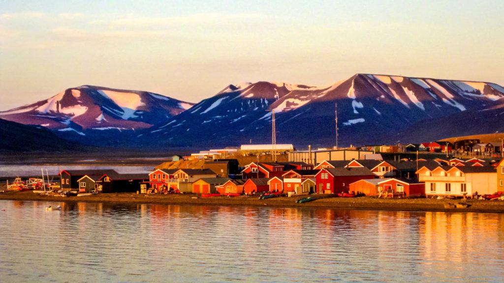 Midnight Sun, Longyearbyen, Svalbard