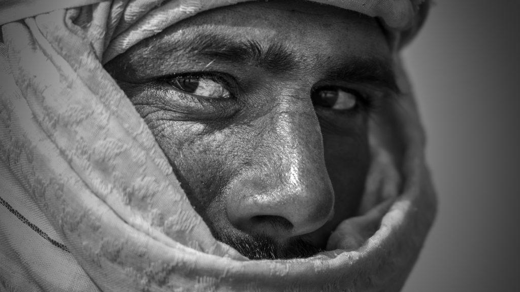 local man in saudi arabia