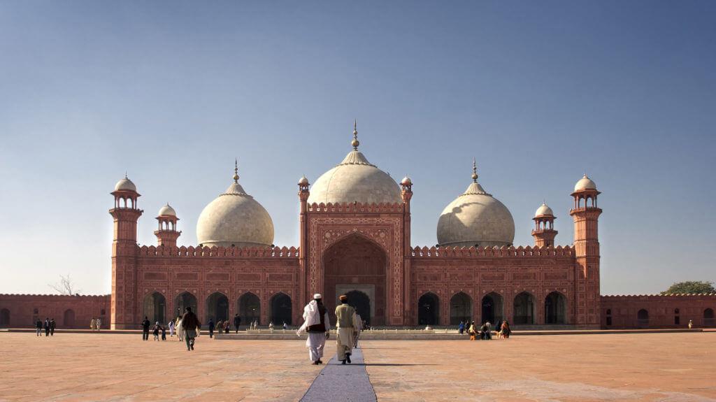 Main prayer hall and court of Badshahi Mosque, Lahore, Pakistan