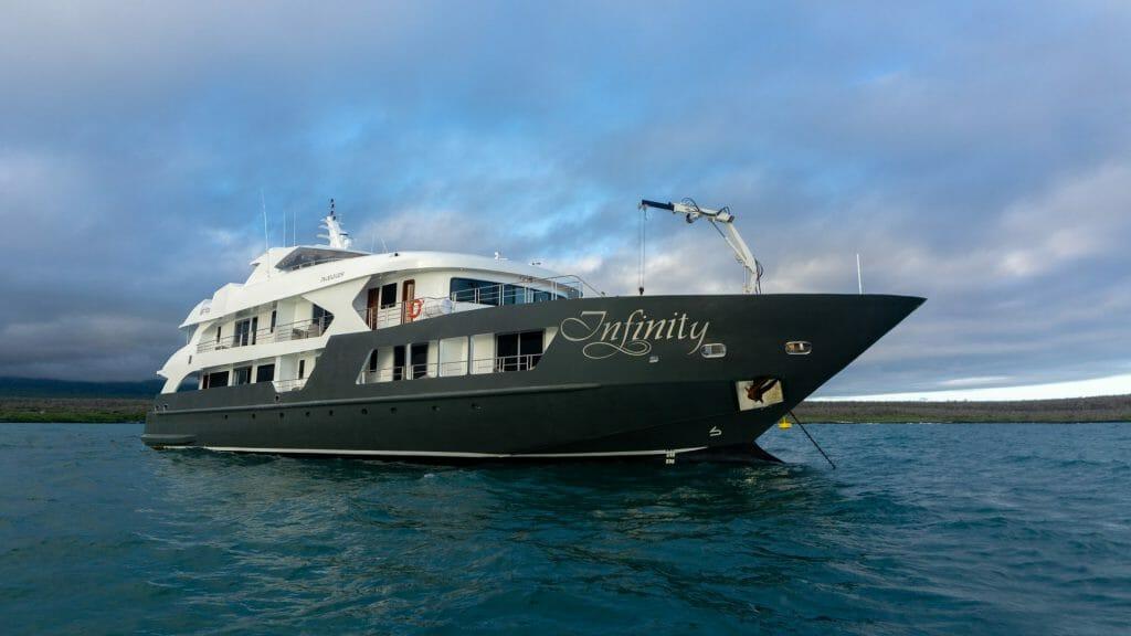 Exterior, Infinity, Galapagos Islands