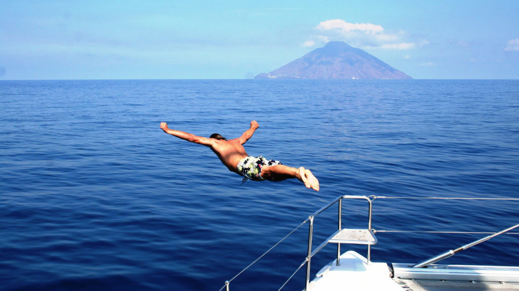 Ombre Blu, Diving off Deck, Italy