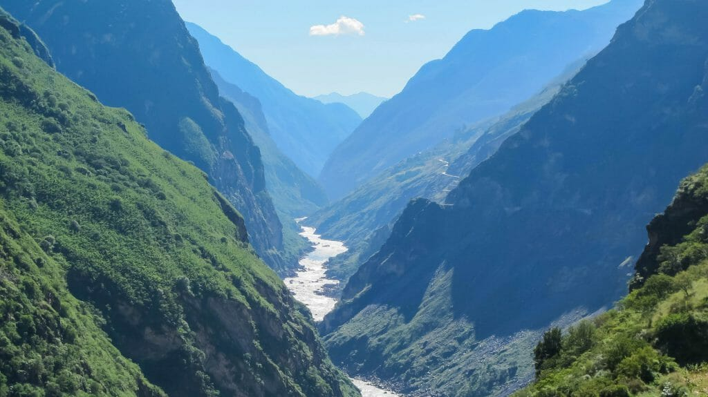 Tiger Leaping Gorge, Lijiang, Yunnan, China