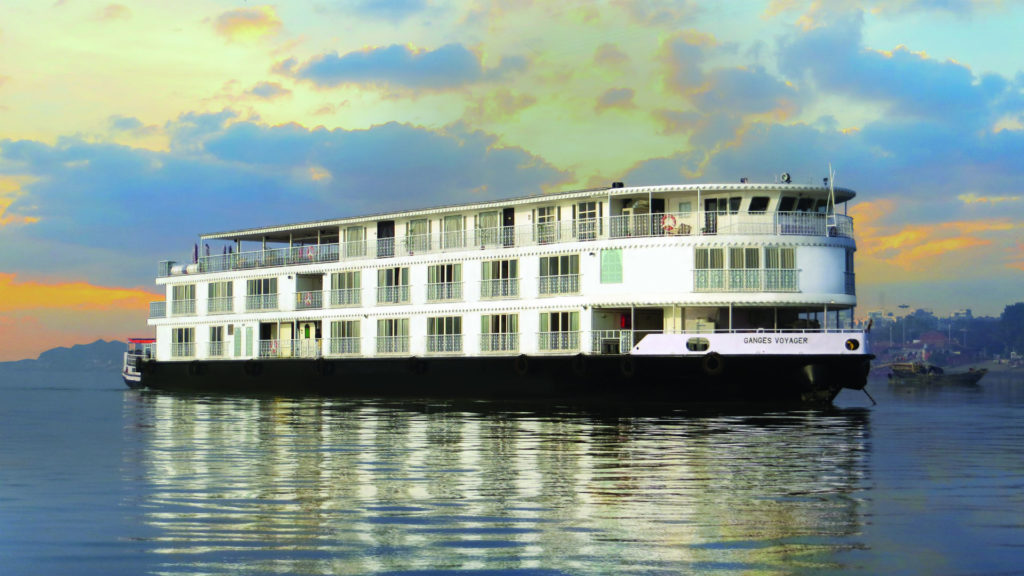 Exterior, Ganges Voyager, India